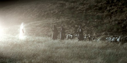 angel-visits-the-shepherds